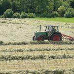 Qualitätstrocknung Nordbayern eG - Wenden des Heus